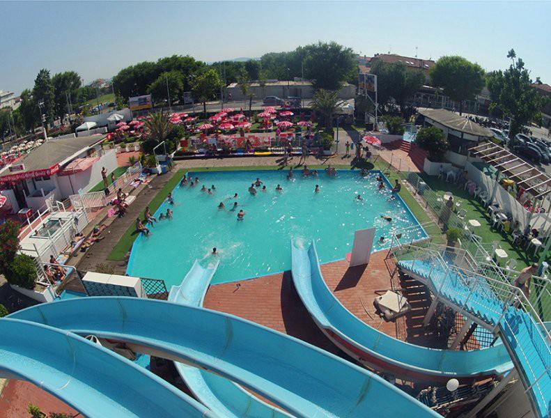 gruneperle-riccione-piscina